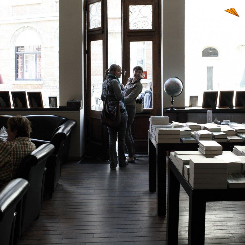 Librer a y caf de dry coppen lovaina fotos de viajes c fr d ric van hoof - Libreria universitaria madrid ...