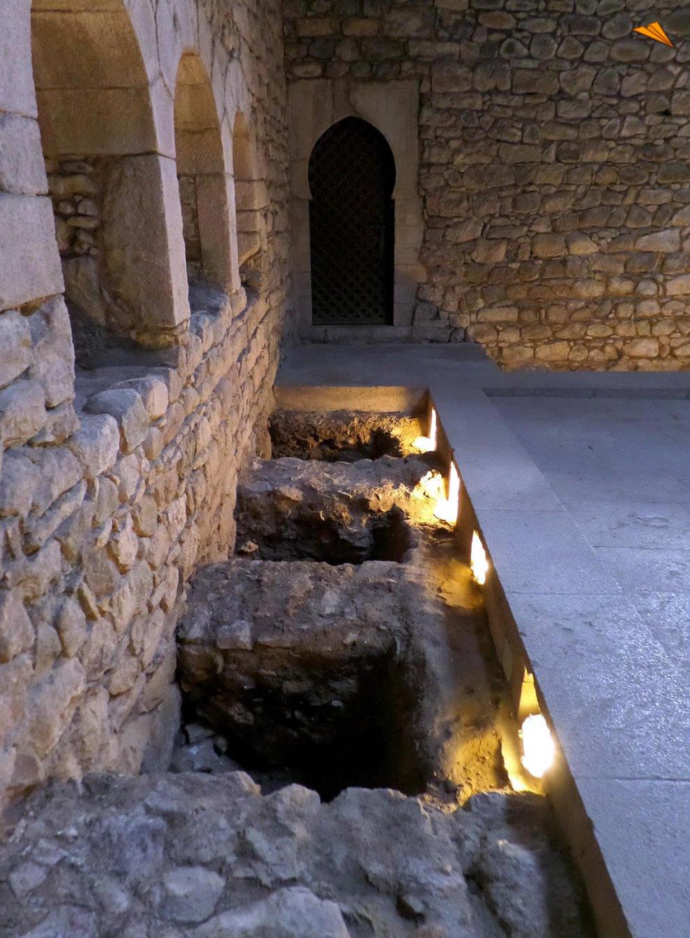Baños Romanos Girona:Baños Árabes de Gerona Fotos de viajes Turismo Gerona