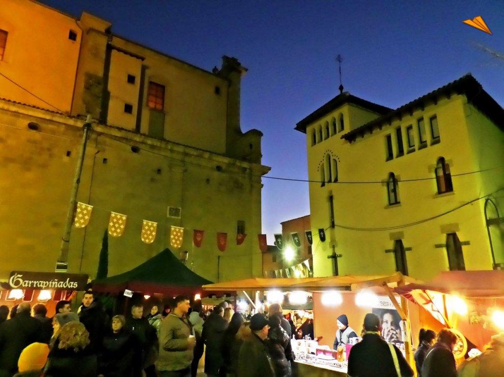Casco antiguo de vic durante el mercado medieval fotos de - Casco antiguo de barcelona ...