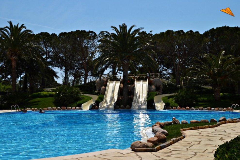 Piscinas en forma de playa piscinas with piscinas en - Camping con piscina climatizada en tarragona ...