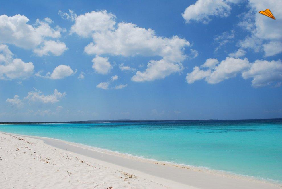 Resultado de imagen para playa marina pedernales