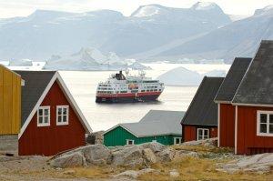 fotos Groenlandia. Hielo de icebergs y verde de naturaleza