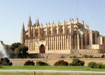 fotos Mallorca, la ciudad rodeada por antiguas murallas