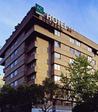 Ac hotel ciudad de pamplona pamplona descuentos for Bricodepot pamplona telefono
