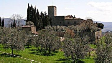 Chianti, famosa por sus vinos, pueblos y fortalezas
