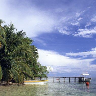 Panamá, relax y adrenalina entre las aguas del Pacífico y el Caribe