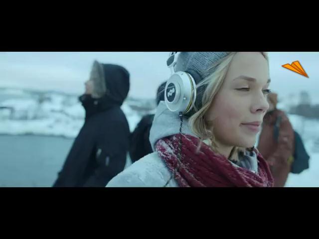 video Finlandia - Helsinki, habla con música joven