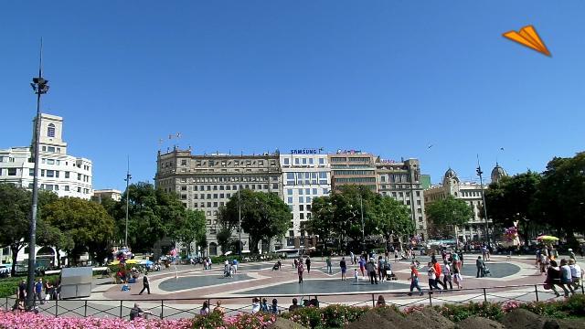 video Plaza de Cataluña / Plaça de Catalunya. Turismo de Barcelona